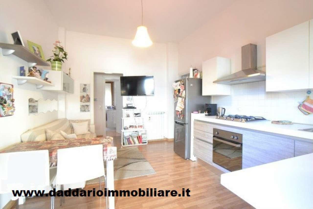 Appartamento in buone condizioni parzialmente arredato in vendita Rif. 8444003