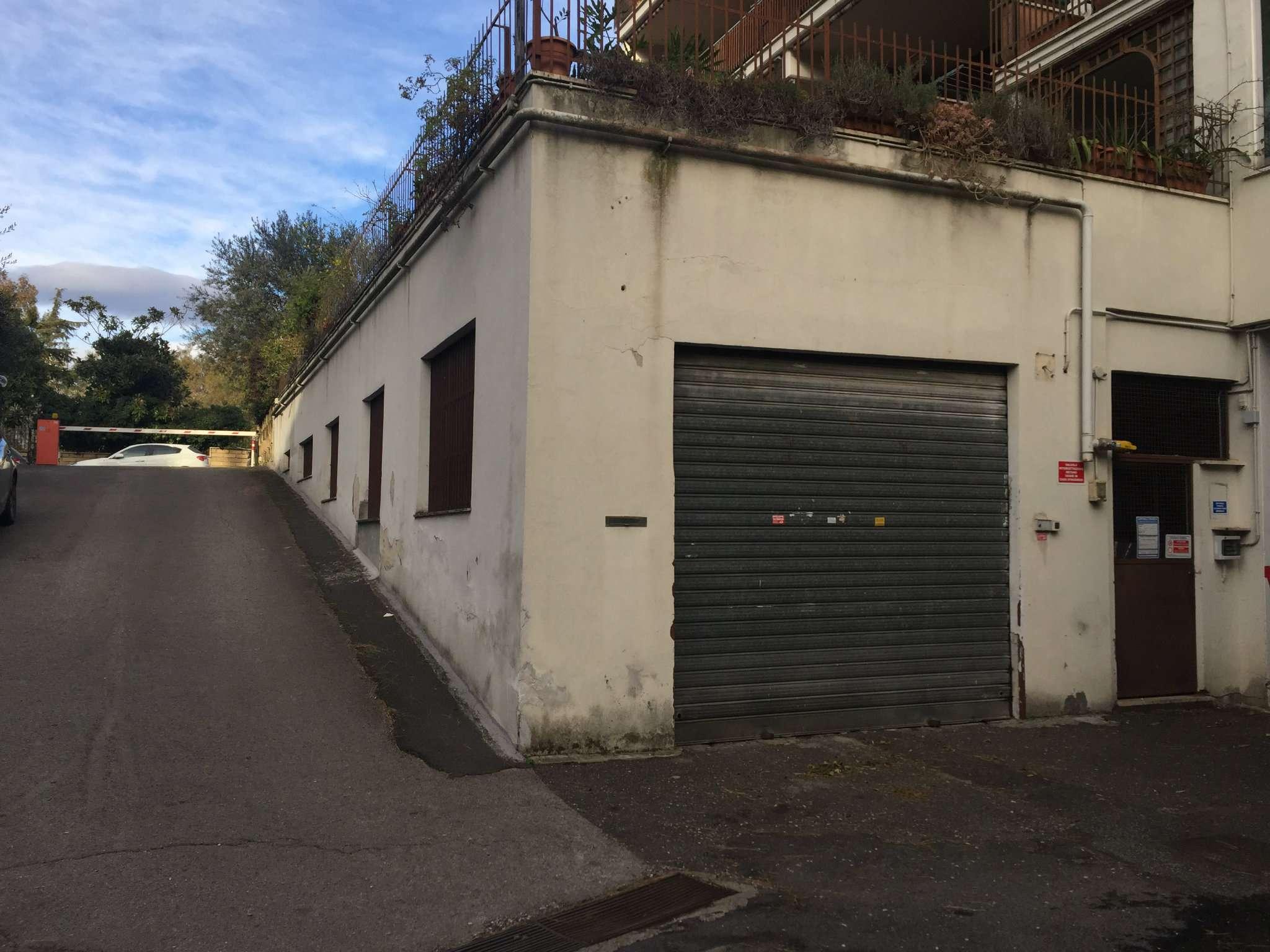 Magazzino roma affitto zona 24 gianicolense for Affitto locale uso ufficio roma