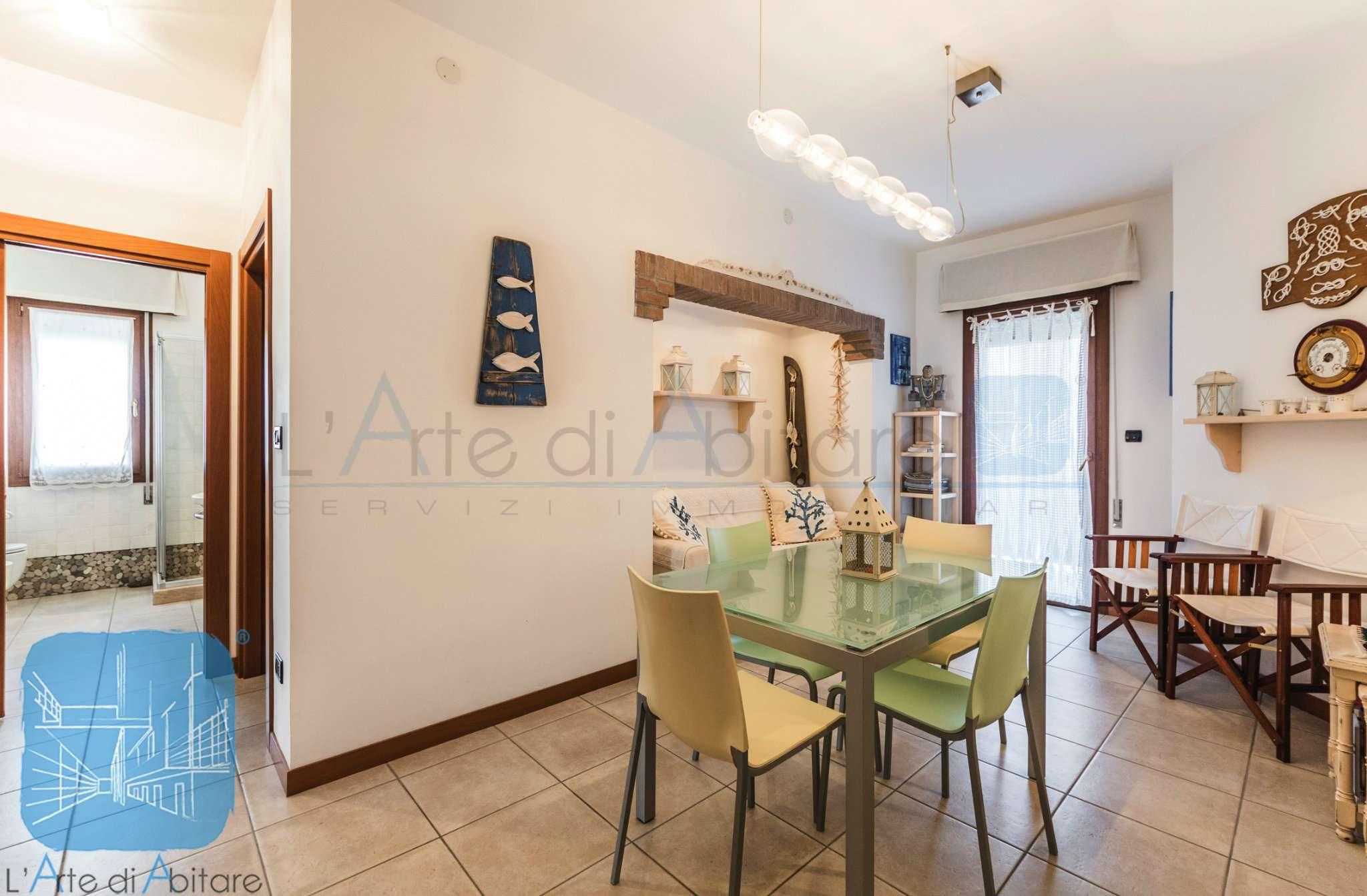 Appartamento ristrutturato parzialmente arredato in vendita Rif. 9046286