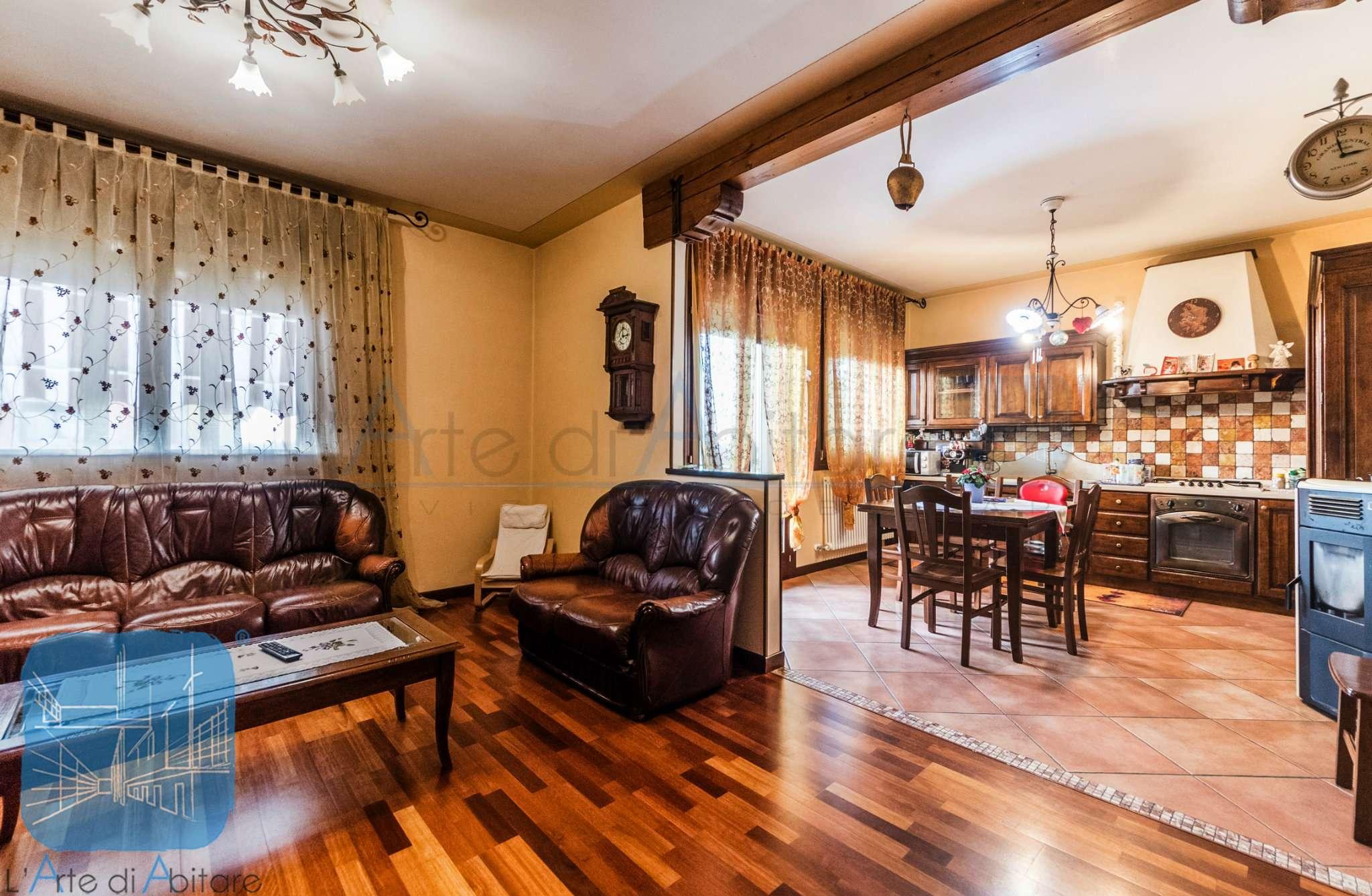 Appartamento arredato in vendita Rif. 8878790