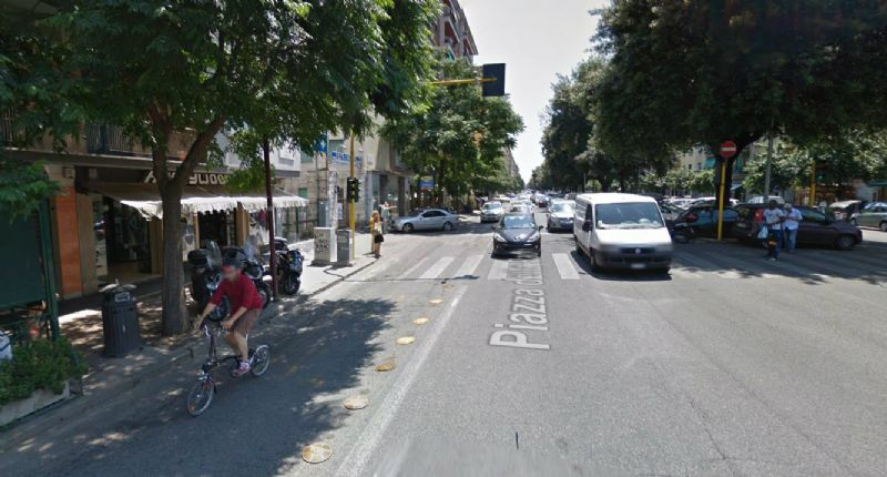 Negozio locale roma affitto zona 20 marconi for Affitto immobili commerciali roma