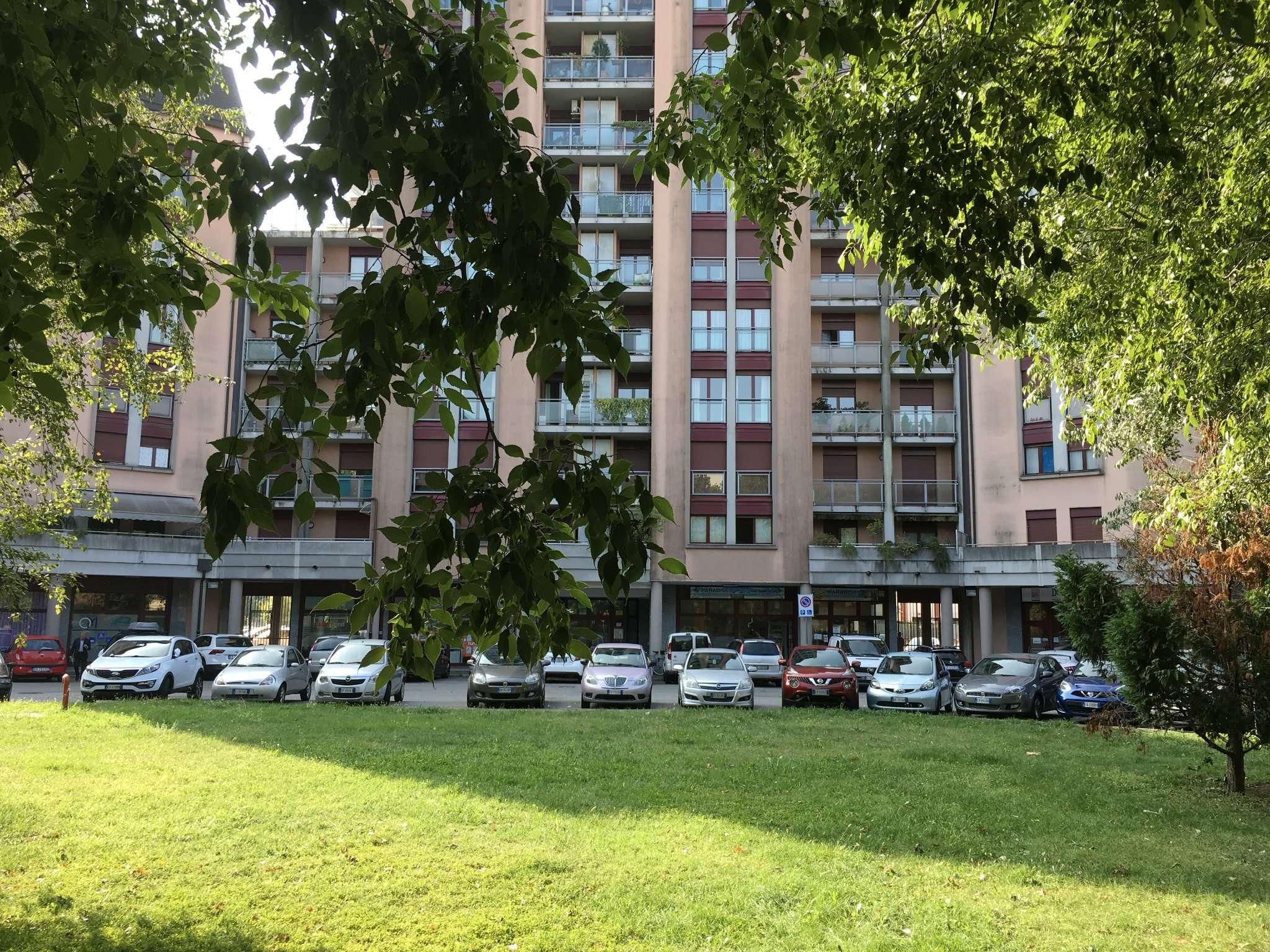 Ufficio / Studio in vendita a Gallarate, 3 locali, prezzo € 120.000 | CambioCasa.it
