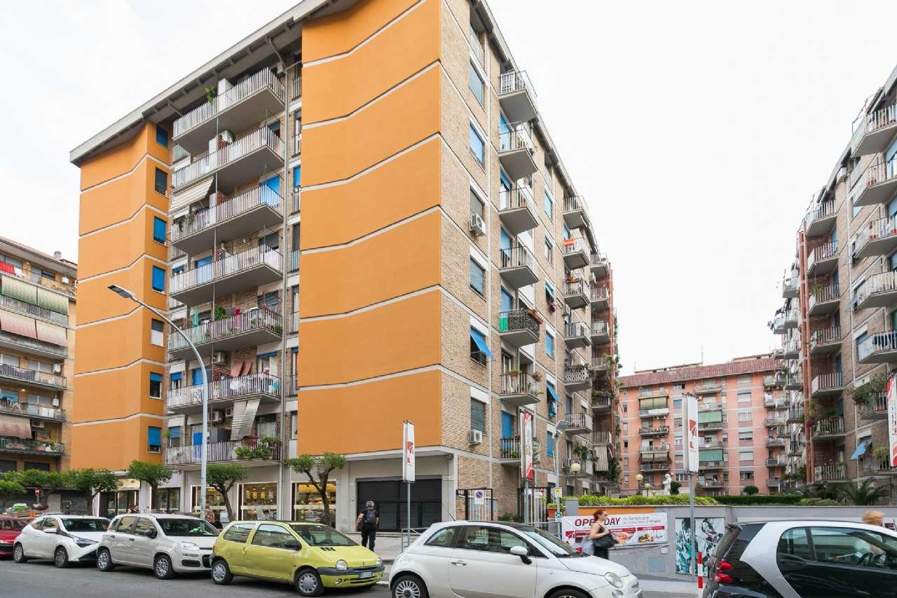Appartamento in vendita a Roma, 3 locali, zona Zona: 13 . Tuscolano, Appio Claudio, Villa Lais, Quadraro, prezzo € 295.000 | CambioCasa.it