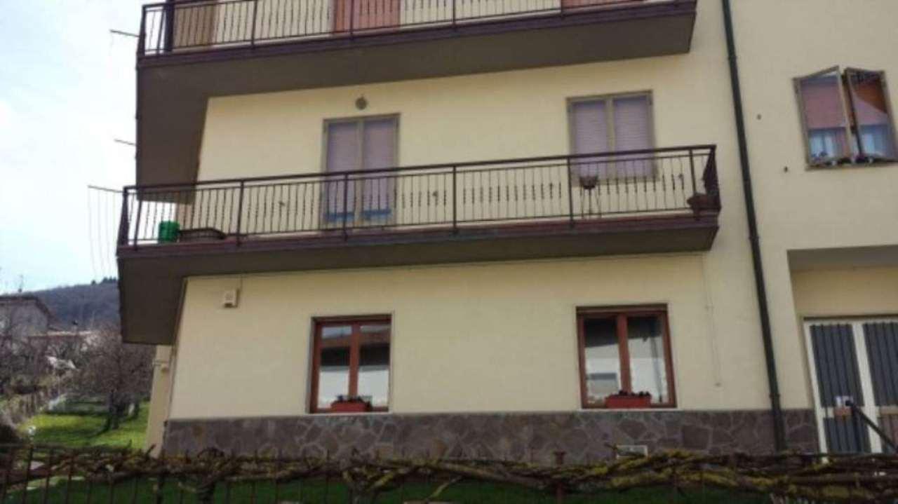 Appartamento in ottime condizioni arredato in vendita Rif. 5228956