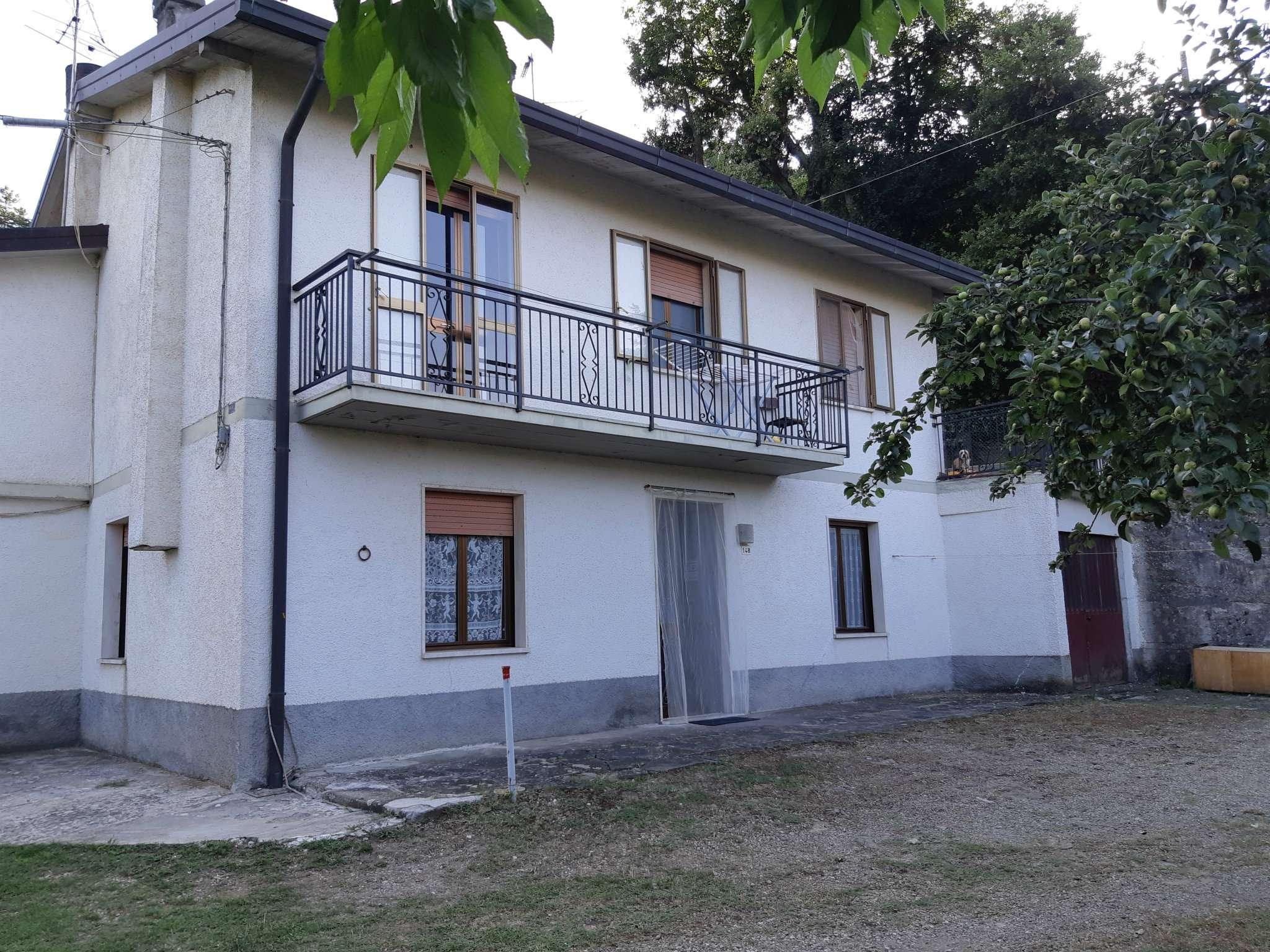 Appartamento in vendita a Camugnano, 6 locali, prezzo € 65.000 | PortaleAgenzieImmobiliari.it