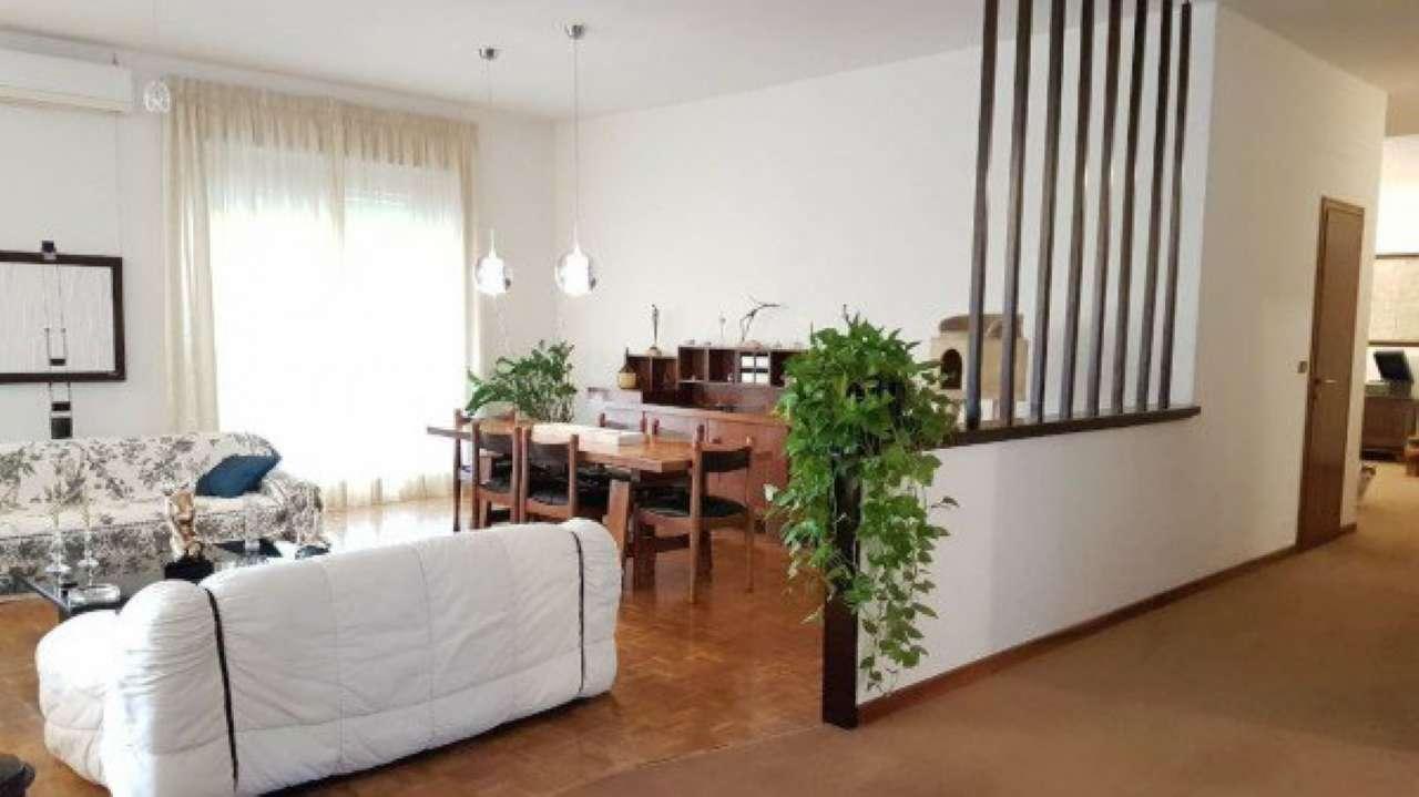 Appartamento ristrutturato in vendita Rif. 9487810