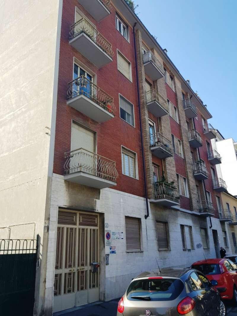 Appartamento in buone condizioni arredato in affitto Rif. 9487820