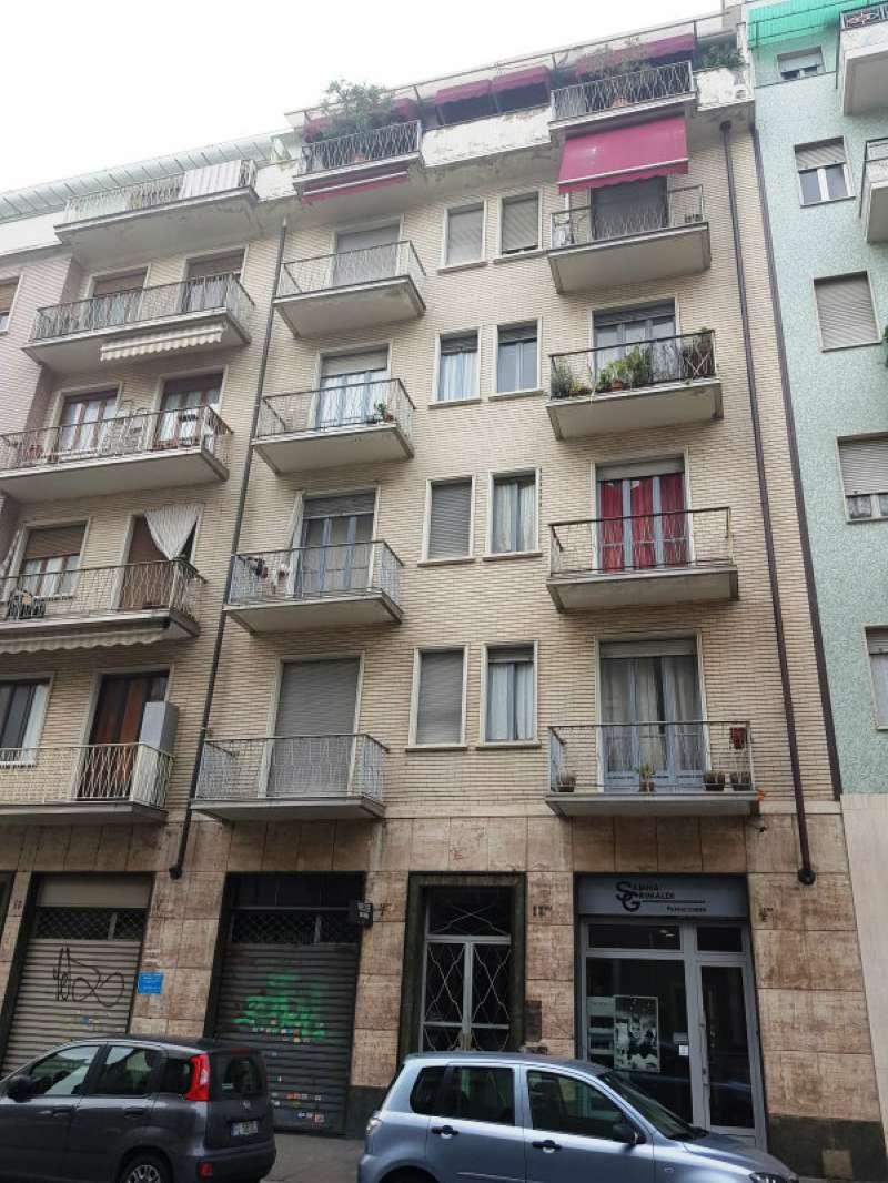 Appartamento in condizioni mediocri parzialmente arredato in affitto Rif. 9487827
