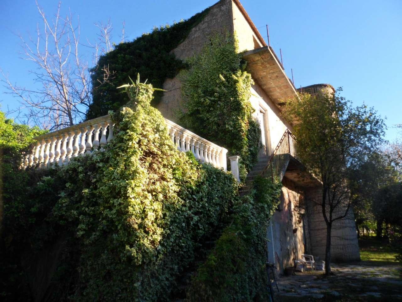 Altro in vendita a Arienzo, 5 locali, prezzo € 165.000 | CambioCasa.it