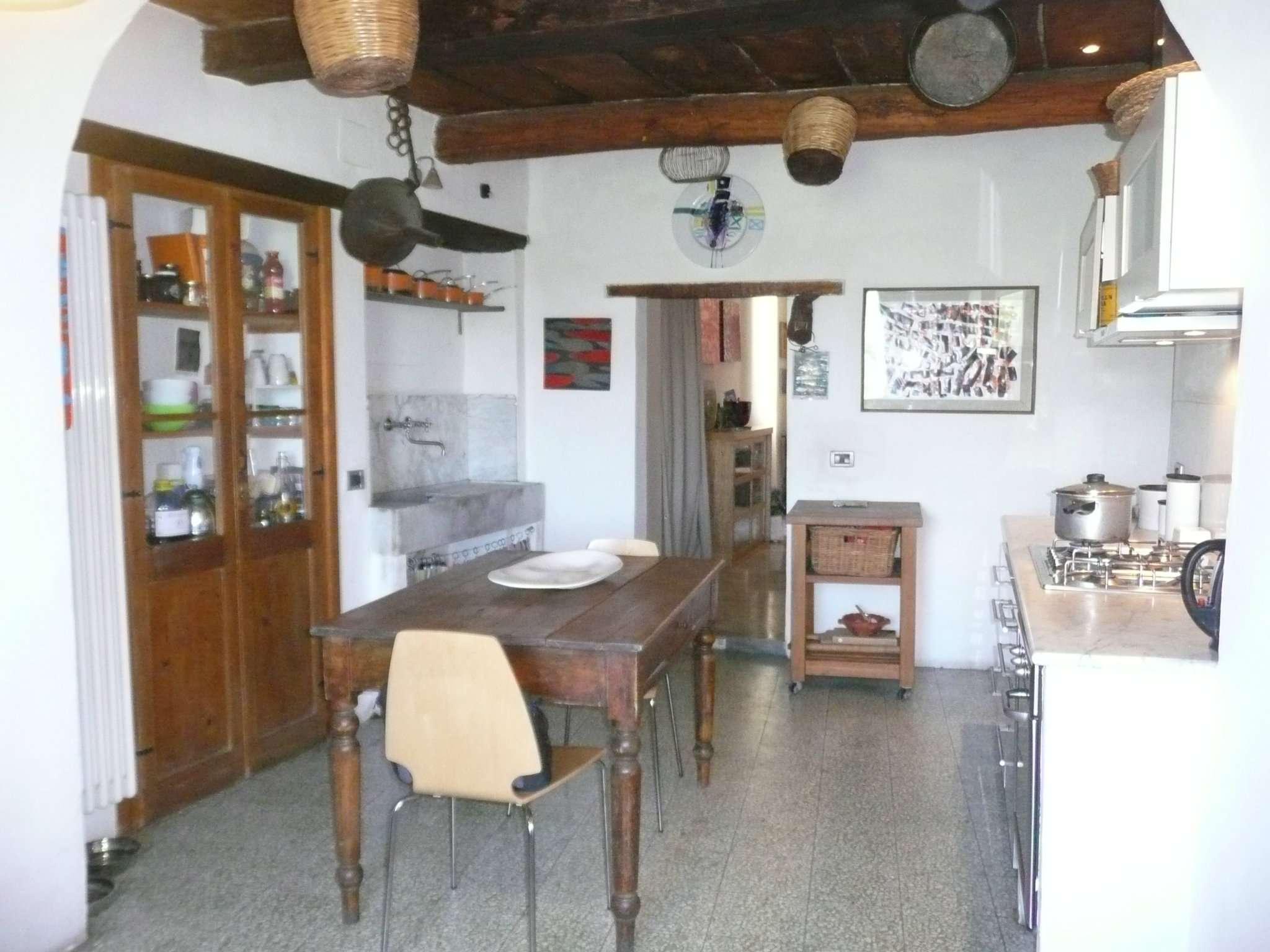 Appartamento in affitto a Toffia, 4 locali, prezzo € 550 | CambioCasa.it