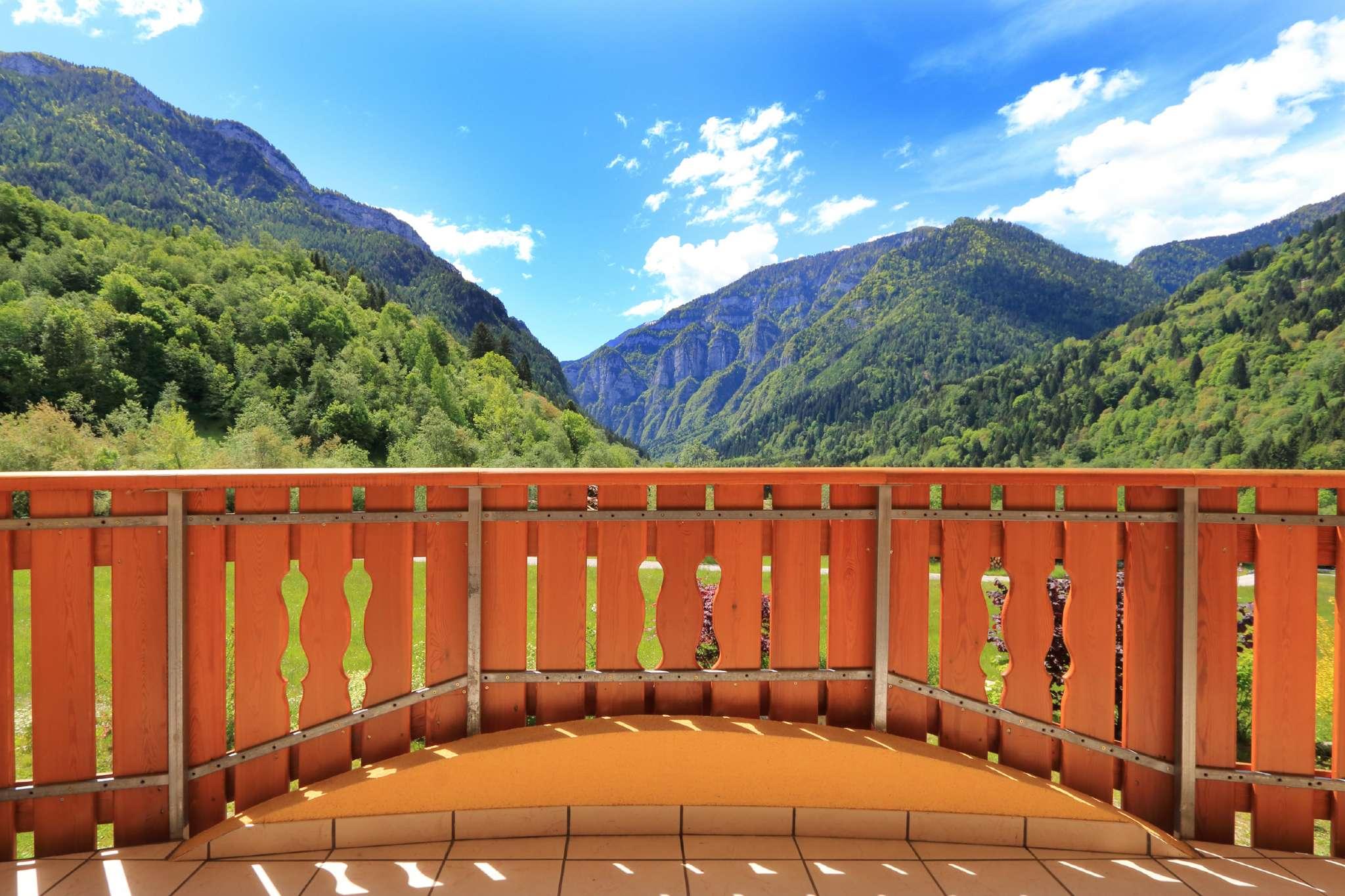 Villa in vendita a Canal San Bovo, 15 locali, prezzo € 695.000 | CambioCasa.it