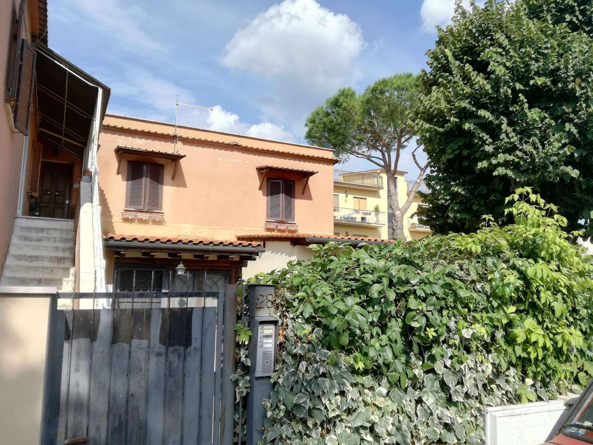Appartamento in vendita a Roma, 3 locali, zona Zona: 37 . Morena - Ciampino - Trigoria - Falcognana, prezzo € 168.000 | CambioCasa.it