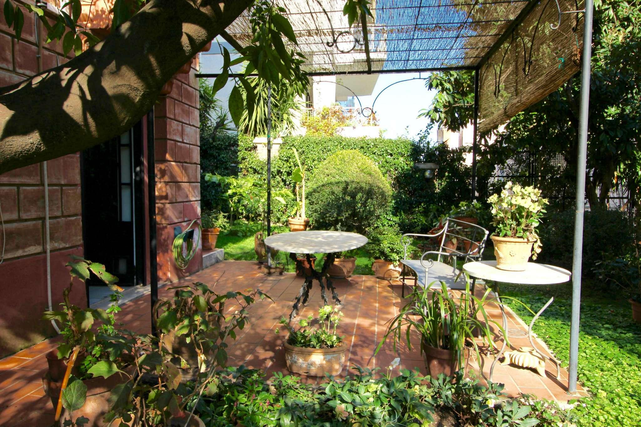 Appartamento in vendita a Roma, 9999 locali, zona Zona: 25 . Trastevere - Testaccio, prezzo € 1.280.000   CambioCasa.it