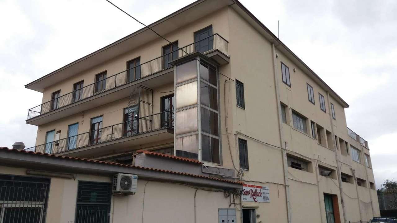 Appartamento in affitto a Scafati, 8 locali, prezzo € 1.800 | CambioCasa.it