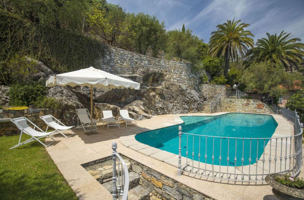 Villa in affitto a Portovenere, 8 locali, prezzo € 26.000 | PortaleAgenzieImmobiliari.it