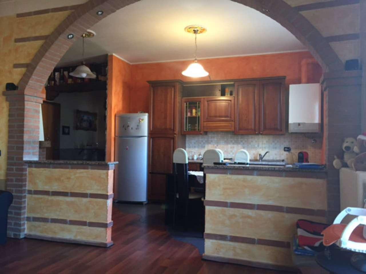 Appartamento in vendita a Lonate Pozzolo, 2 locali, prezzo € 98.000 | CambioCasa.it