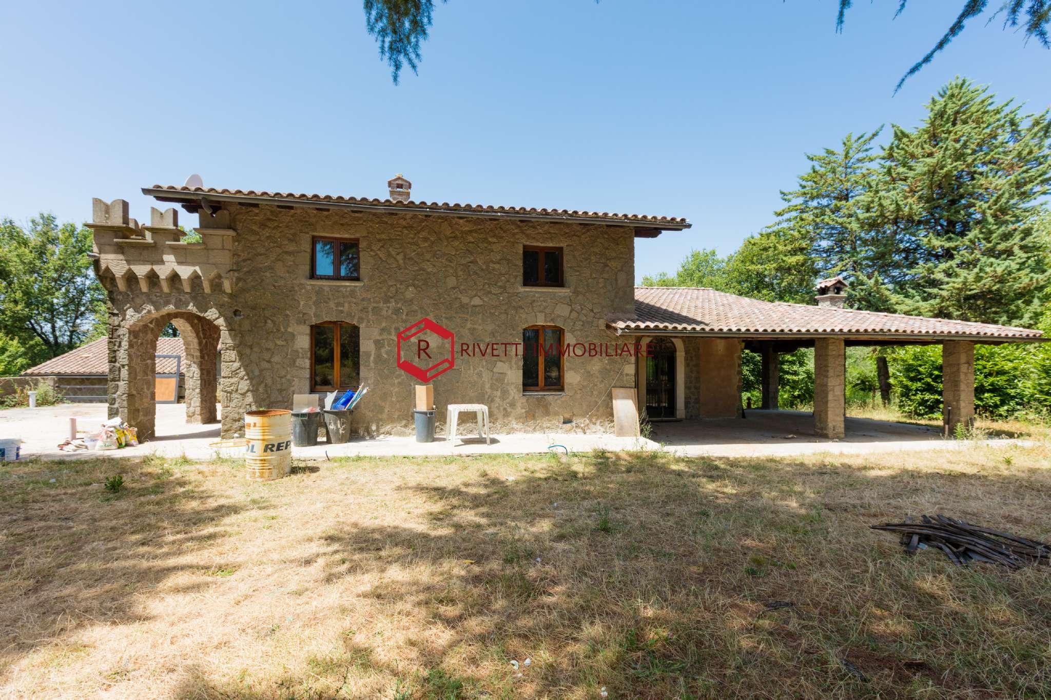 Villa in vendita a Genazzano, 15 locali, prezzo € 460.000 | CambioCasa.it