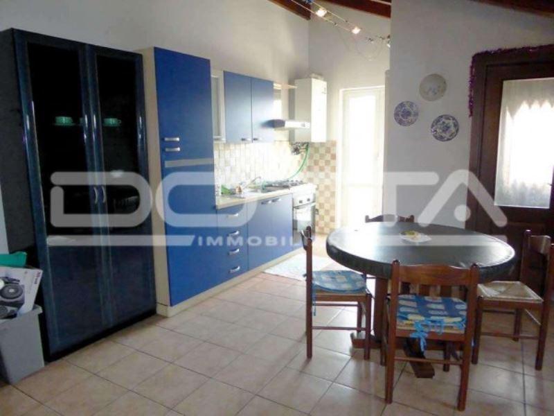 Appartamento in buone condizioni arredato in vendita Rif. 6729337