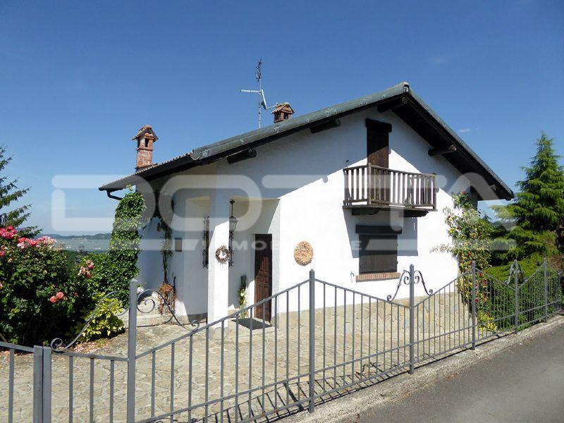 Villa in vendita a Bossolasco, 8 locali, prezzo € 299.000 | CambioCasa.it