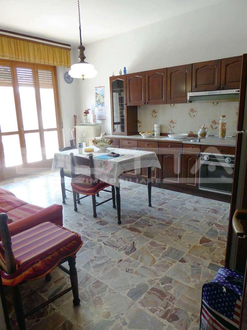 Appartamento in buone condizioni arredato in vendita Rif. 5231229