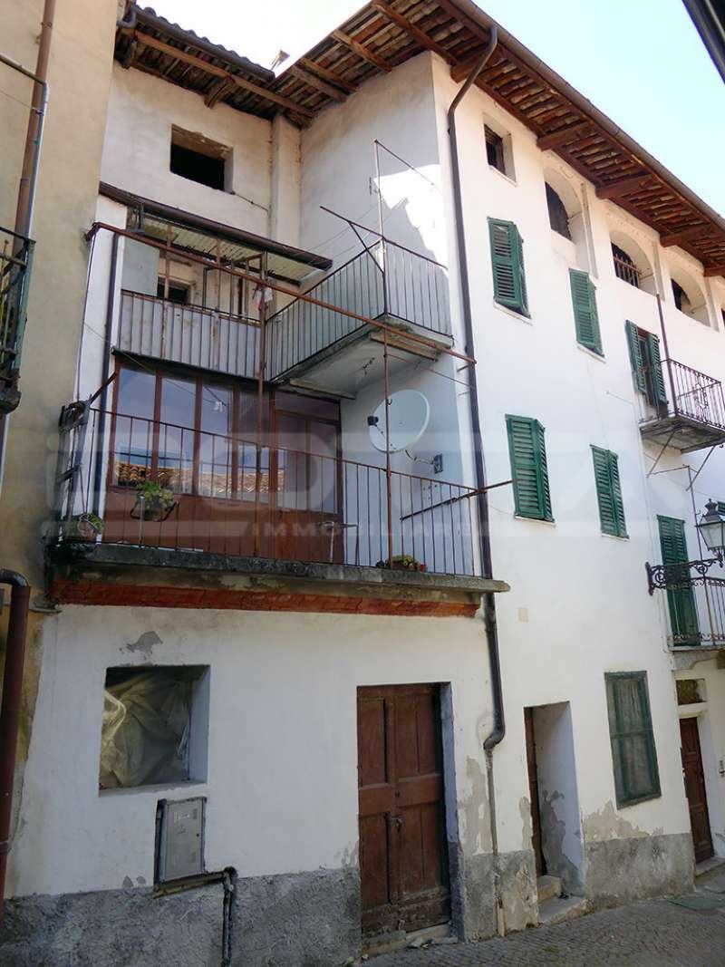 Soluzione Semindipendente in vendita a Dogliani, 5 locali, prezzo € 40.000 | CambioCasa.it