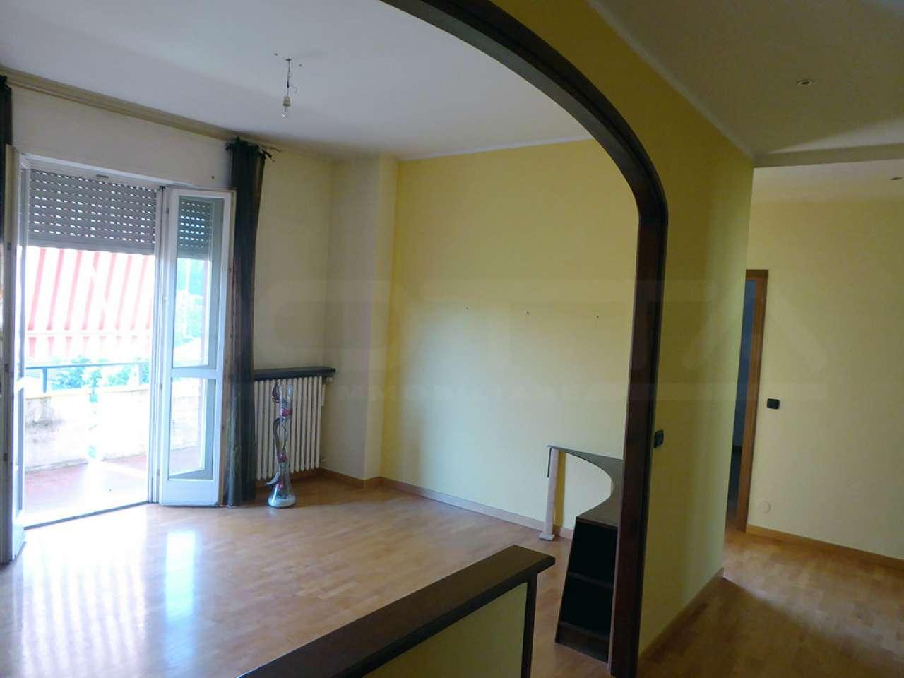 Appartamento ristrutturato in vendita Rif. 6842827