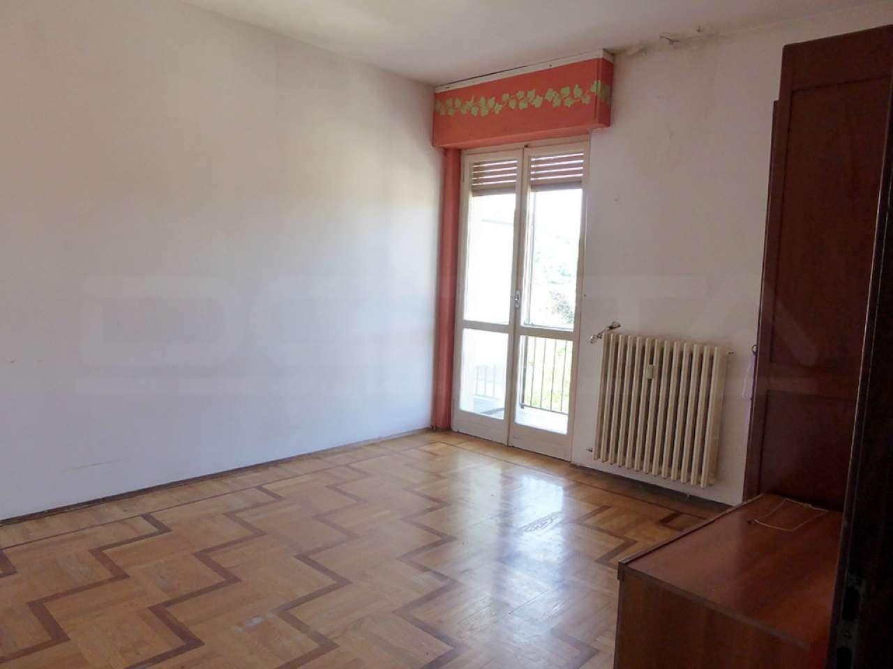 Appartamento in buone condizioni in vendita Rif. 7440491