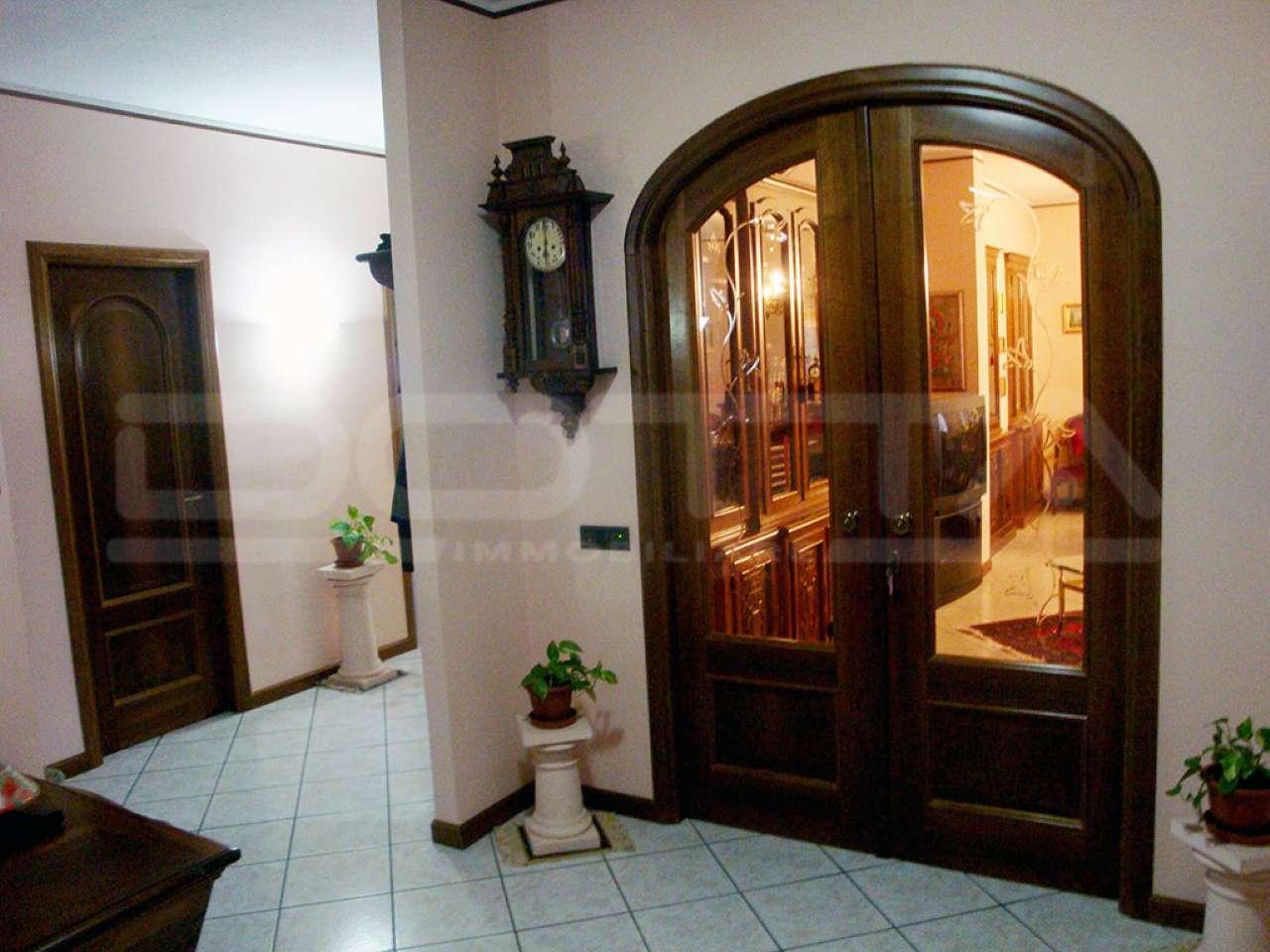 Appartamento con ascensore in centro a Dogliani