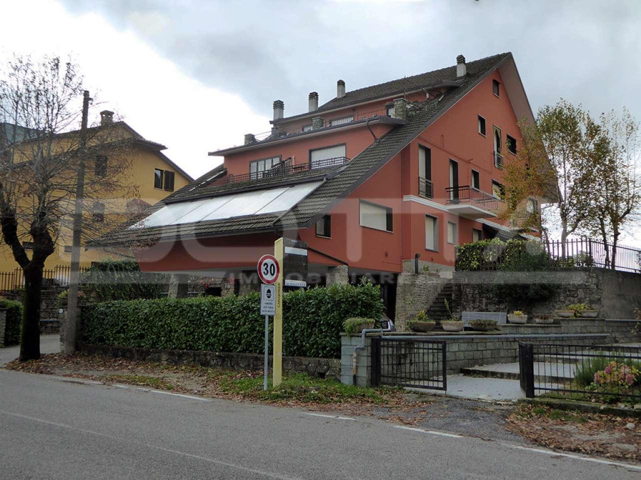 Appartamento da ristrutturare parzialmente arredato in vendita Rif. 8564296