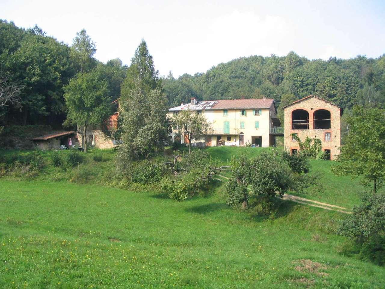 Rustico / Casale in vendita a Priero, 10 locali, prezzo € 180.000 | CambioCasa.it