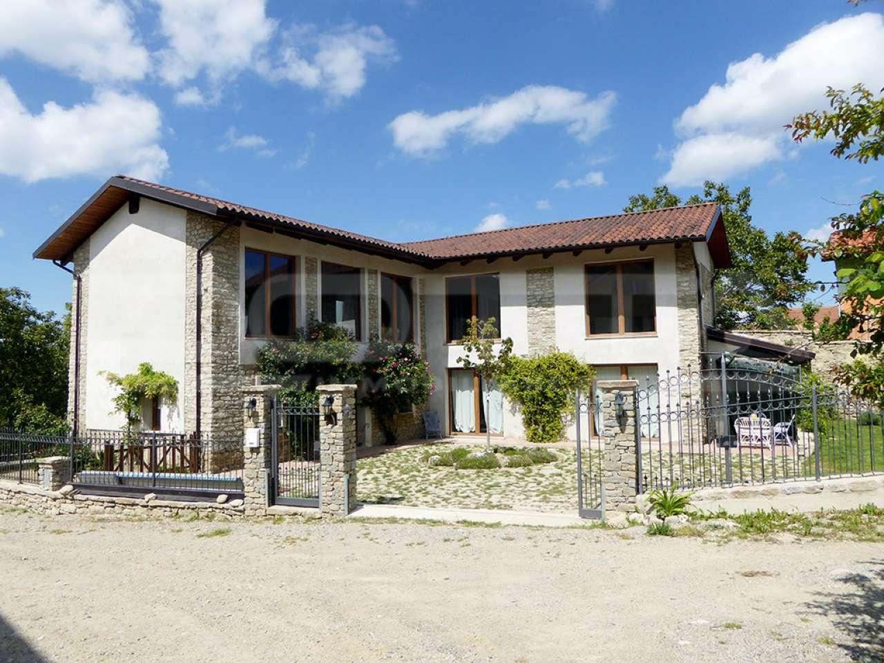 Soluzione Indipendente in vendita a Serravalle Langhe, 4 locali, prezzo € 275.000   PortaleAgenzieImmobiliari.it