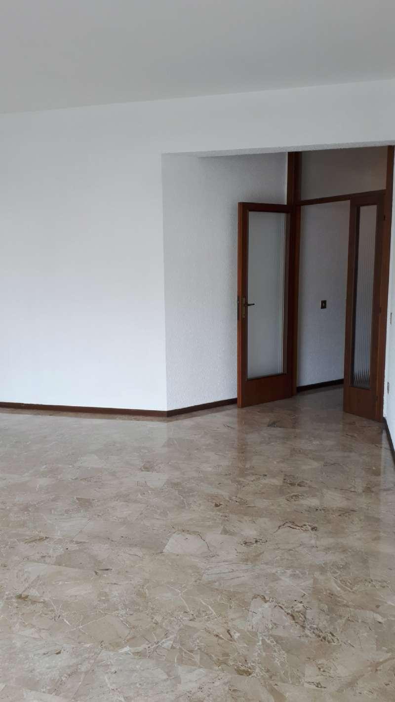 Ampio e luminoso appartamento, foto 2