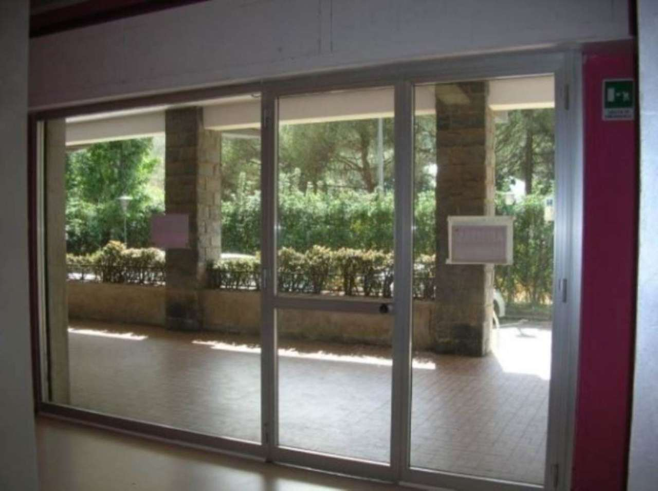 Negozio / Locale in affitto a Recco, 2 locali, prezzo € 600 | CambioCasa.it