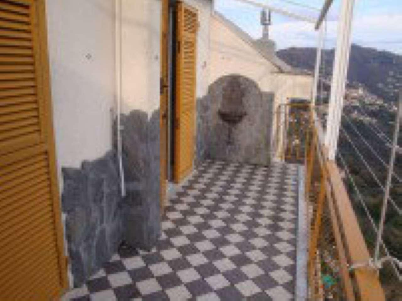 Attico / Mansarda in affitto a Uscio, 4 locali, prezzo € 350 | CambioCasa.it