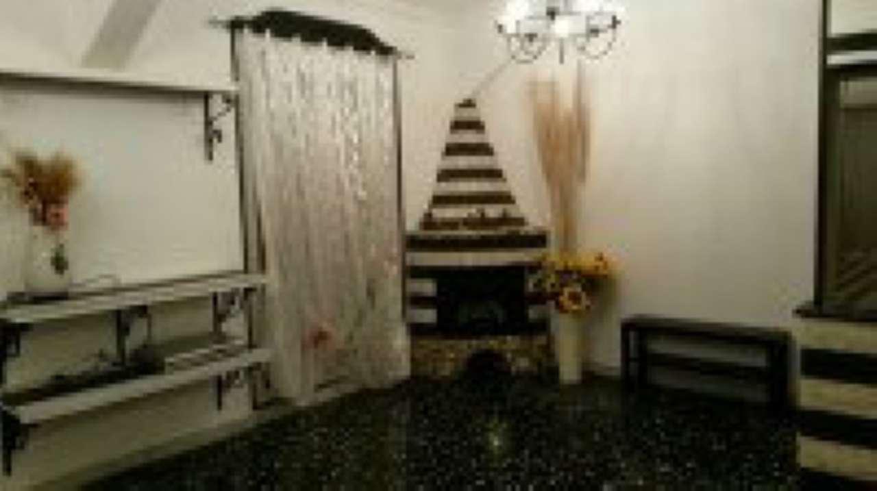 Attico / Mansarda in affitto a Uscio, 6 locali, prezzo € 450 | CambioCasa.it