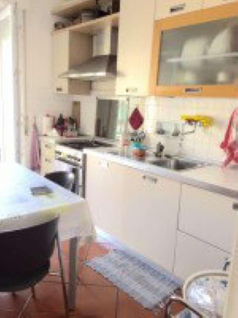 Appartamento in vendita a Recco, 5 locali, prezzo € 149.000   CambioCasa.it