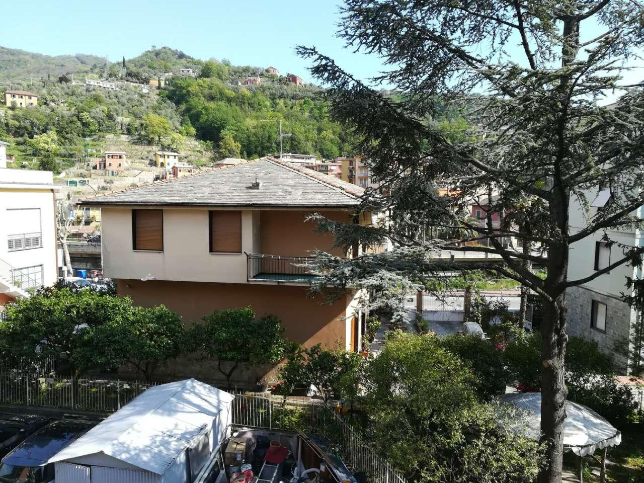 Appartamento in affitto a Recco, 5 locali, prezzo € 750 | CambioCasa.it