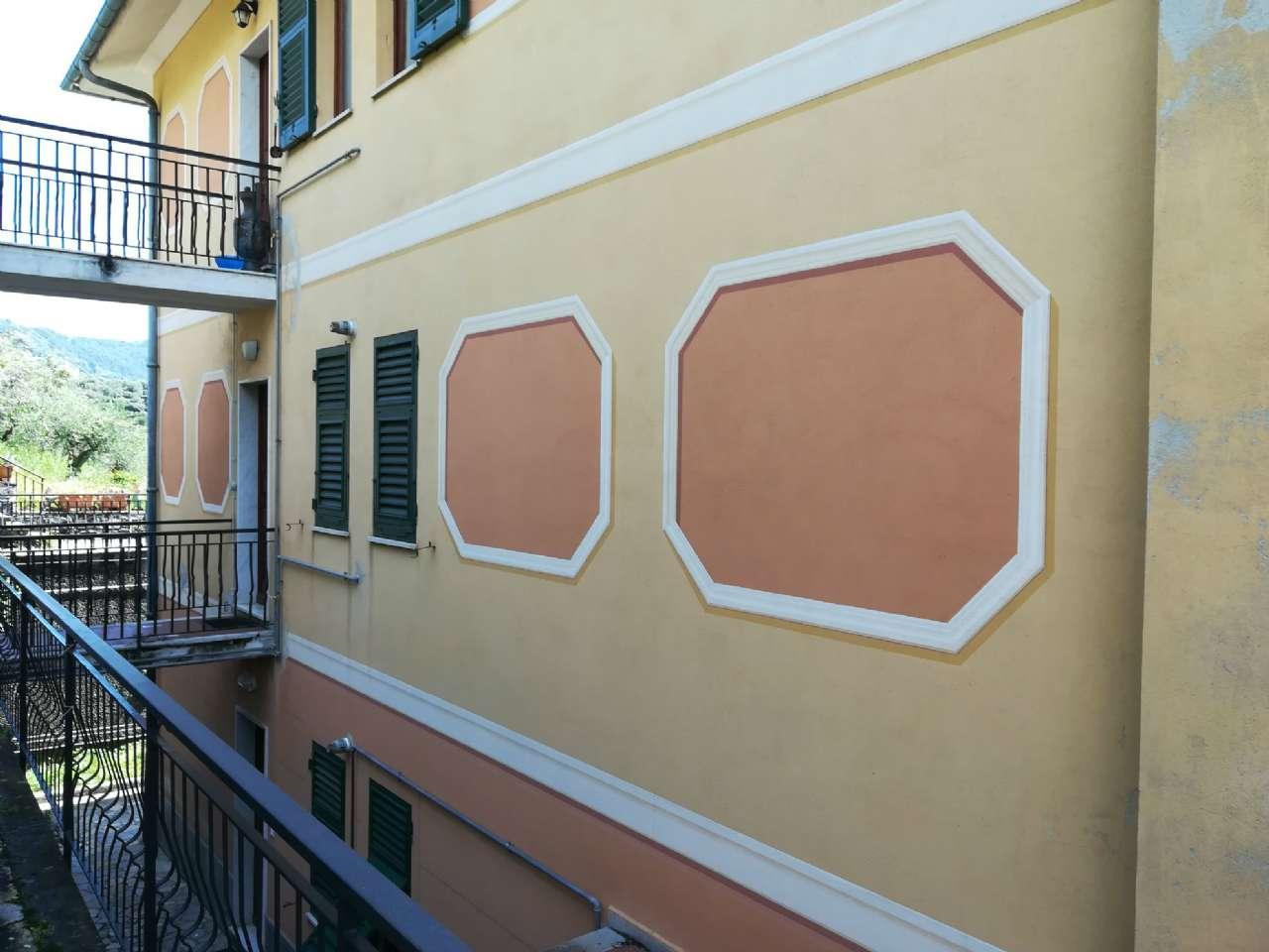Appartamento in affitto a Recco, 6 locali, prezzo € 850 | CambioCasa.it