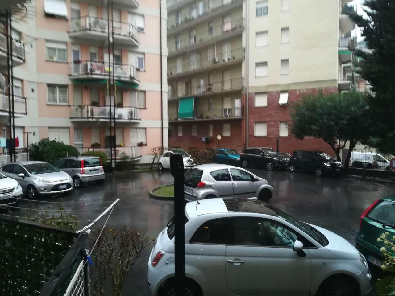 Appartamento in buone condizioni parzialmente arredato in affitto Rif. 8508766