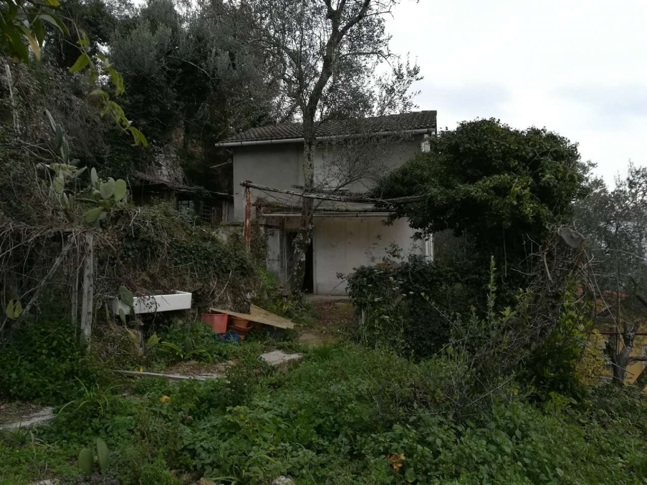 Rustico / Casale in vendita a Rapallo, 4 locali, prezzo € 118.000 | CambioCasa.it
