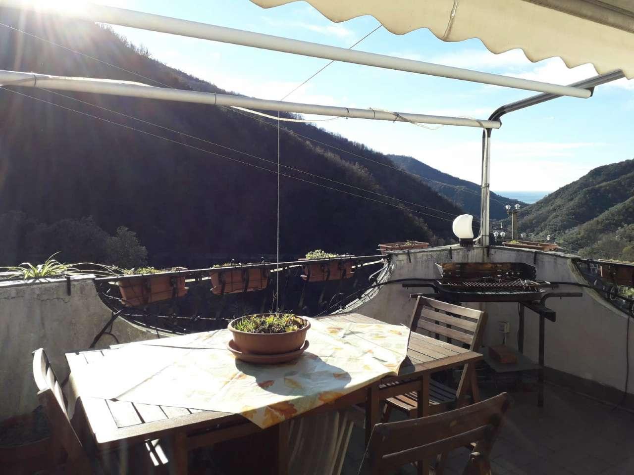Appartamento in vendita a Avegno, 6 locali, prezzo € 130.000   PortaleAgenzieImmobiliari.it