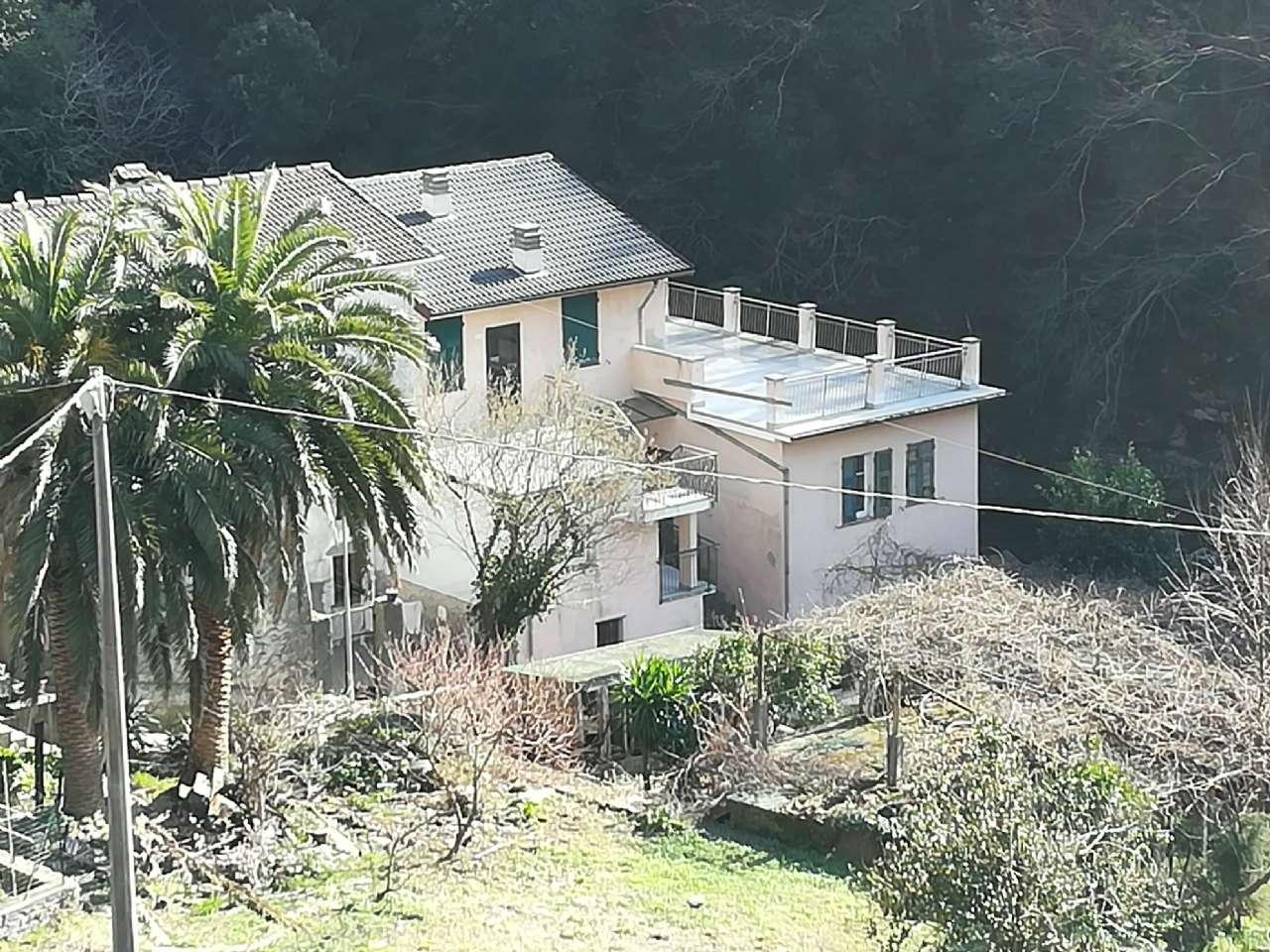 Appartamento in vendita a Avegno, 5 locali, prezzo € 50.000 | PortaleAgenzieImmobiliari.it
