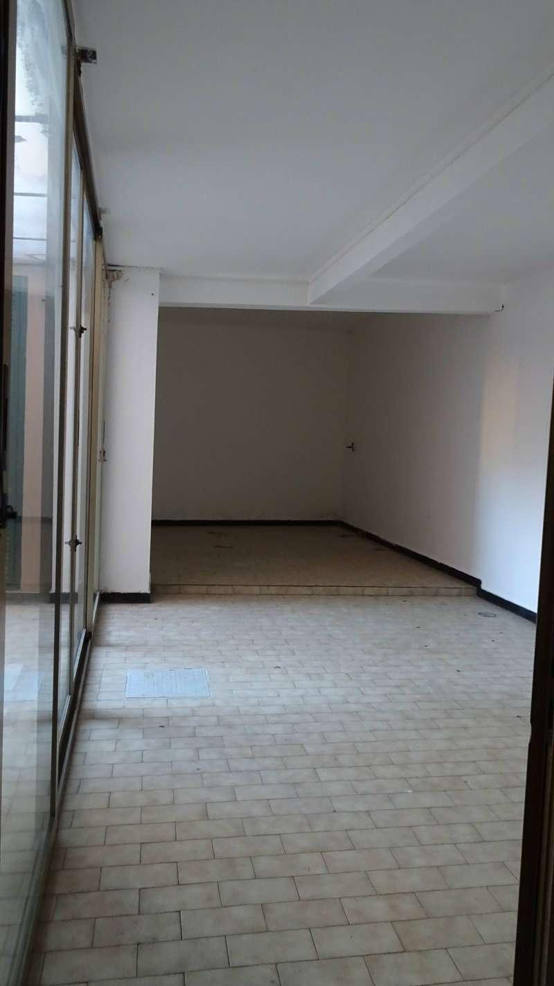 Negozio / Locale in affitto a Recco, 3 locali, prezzo € 1.100 | PortaleAgenzieImmobiliari.it