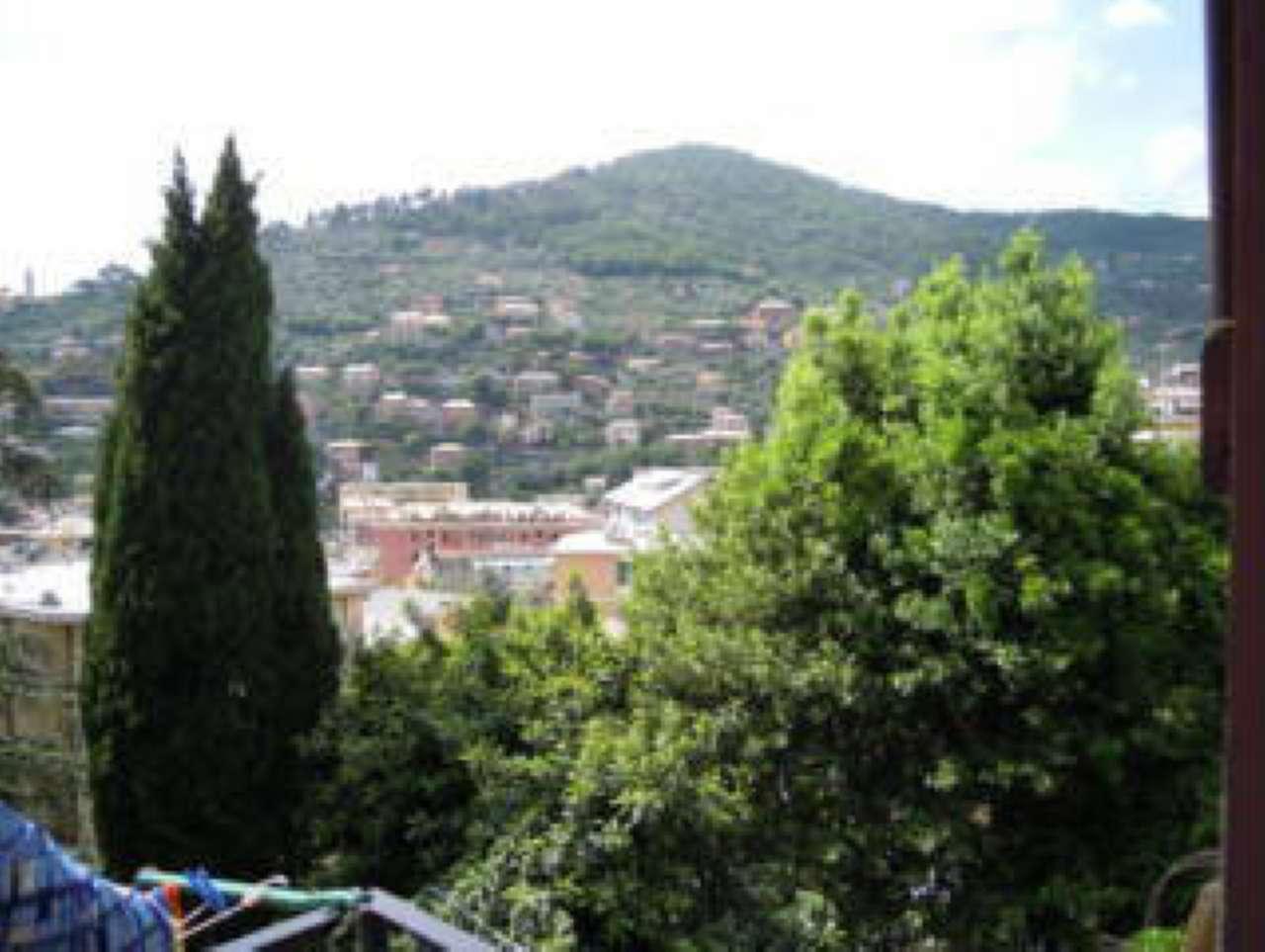 Appartamento in vendita a Recco, 5 locali, prezzo € 135.000 | PortaleAgenzieImmobiliari.it