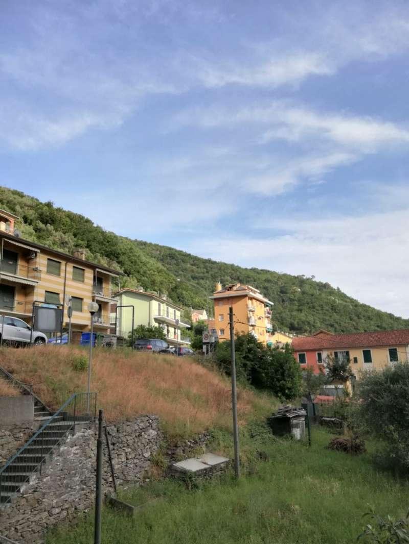 Appartamento in vendita a Recco, 7 locali, prezzo € 195.000 | CambioCasa.it