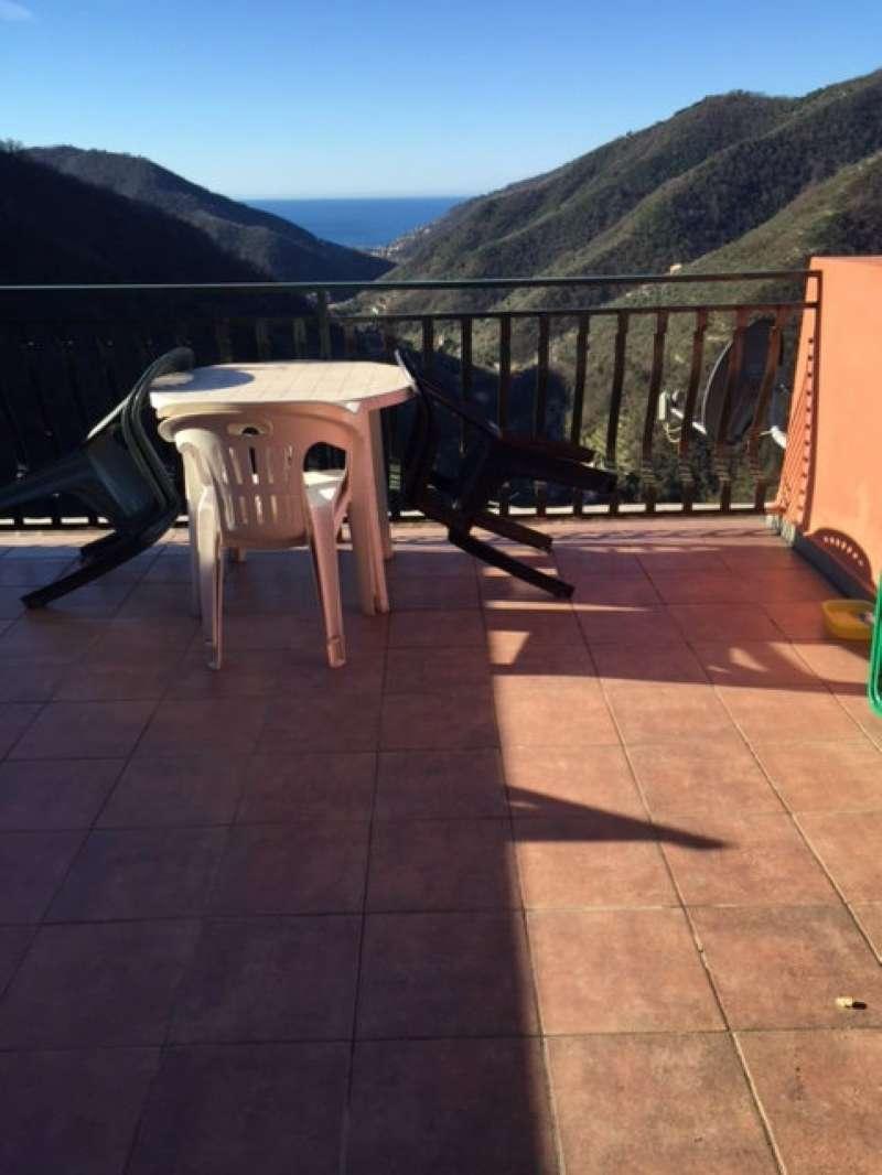Appartamento in vendita a Avegno, 5 locali, prezzo € 80.000 | PortaleAgenzieImmobiliari.it