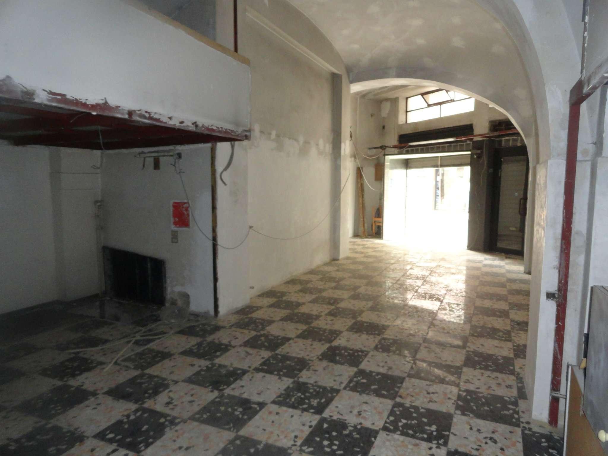 Negozio / Locale in affitto a Andria, 1 locali, prezzo € 450 | CambioCasa.it