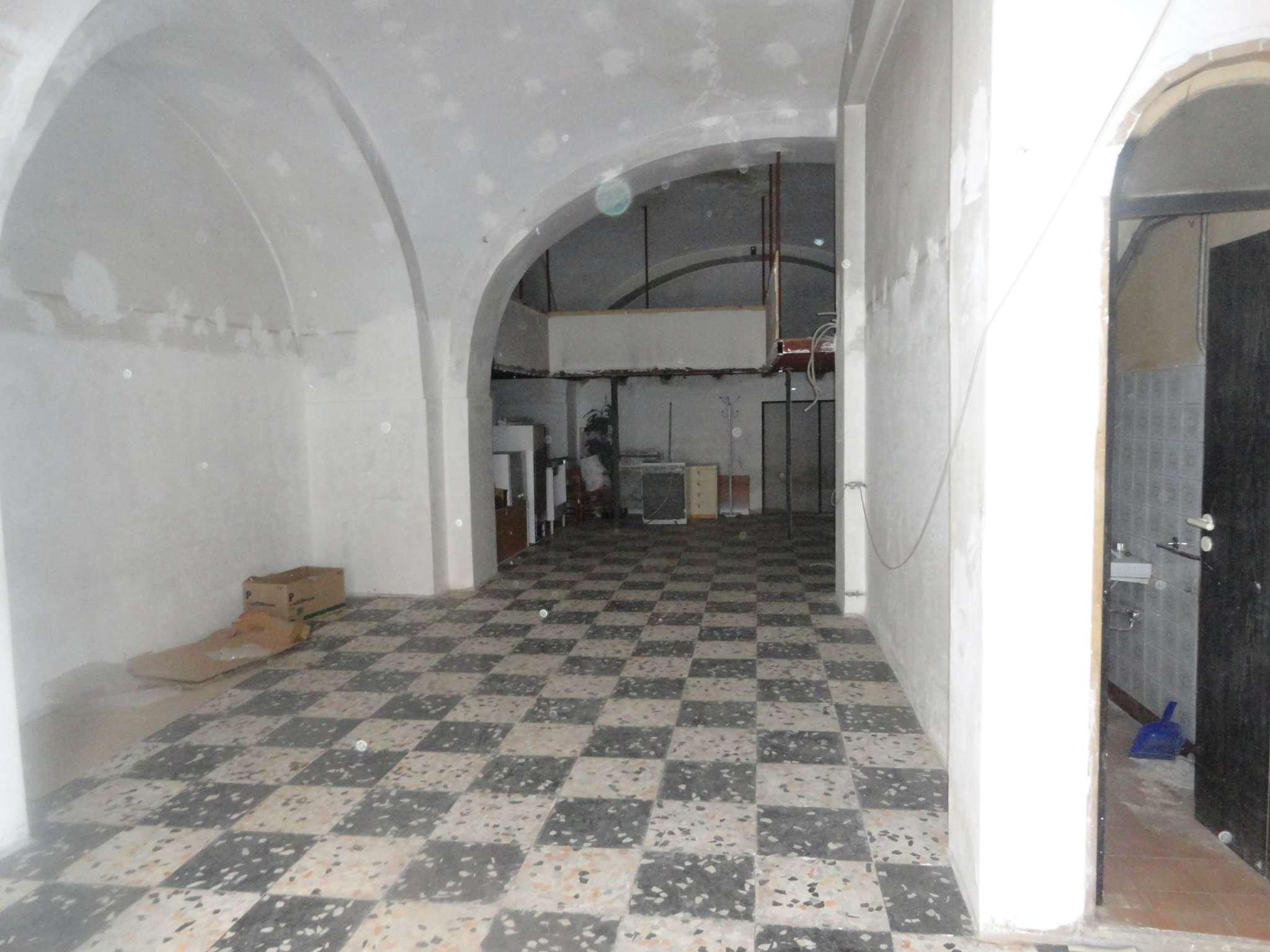 Negozio / Locale in vendita a Andria, 1 locali, prezzo € 67.000 | CambioCasa.it