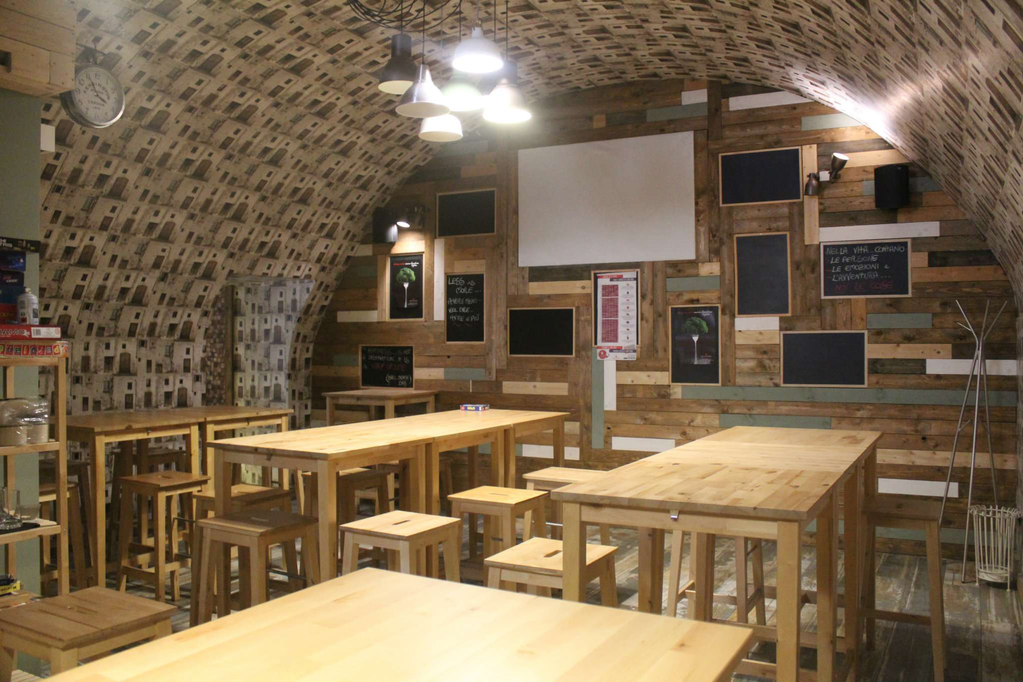 Negozio / Locale in vendita a Andria, 3 locali, prezzo € 12.000 | CambioCasa.it