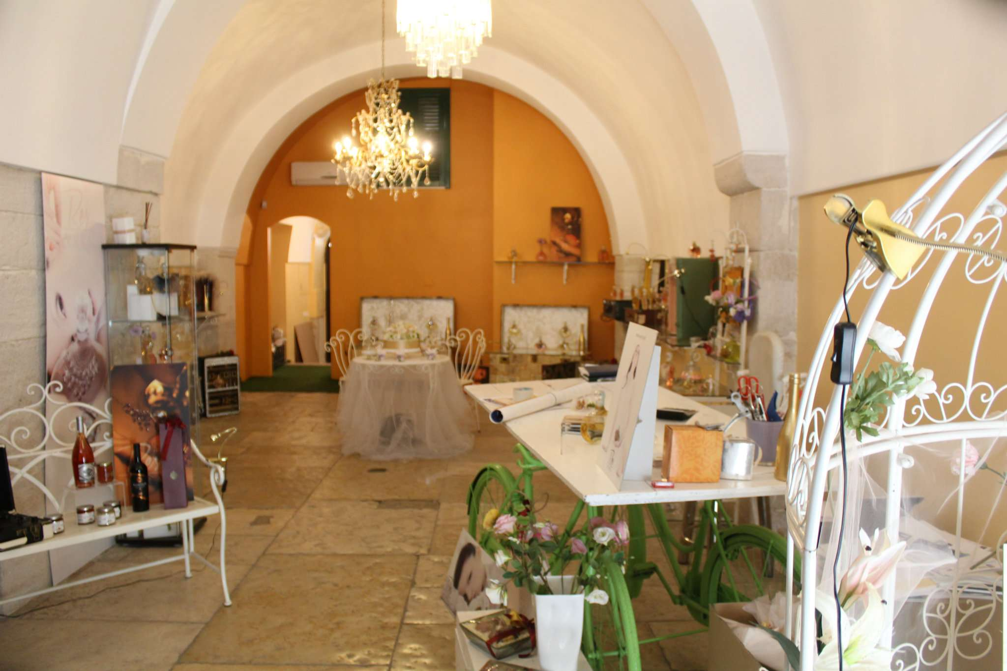 Negozio / Locale in affitto a Andria, 4 locali, prezzo € 1.200   PortaleAgenzieImmobiliari.it